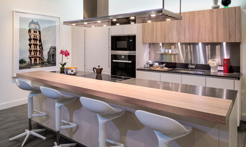 18-Brickell-Flatiron-Kitchen