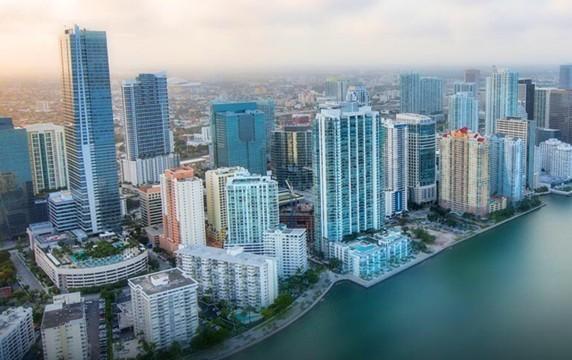 Miami no para de crecer gracias a la Inmigración Latina