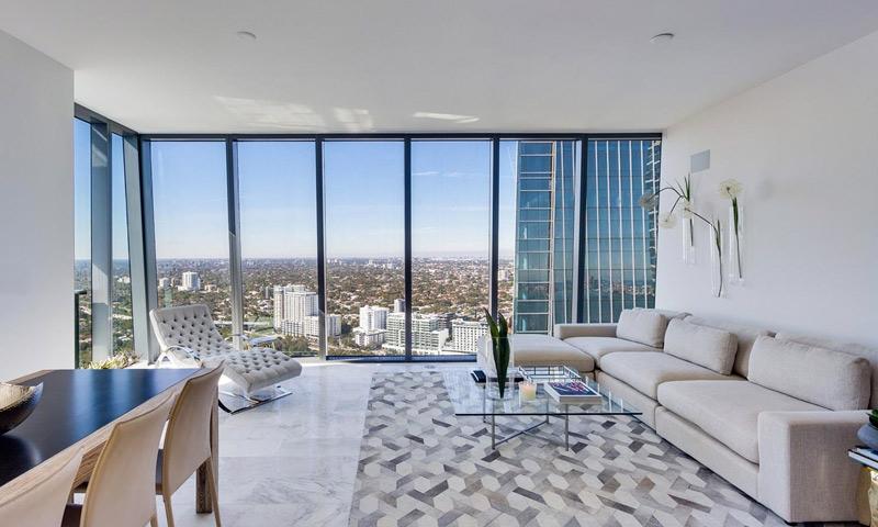 11-Echo-Brickell-Living-Room