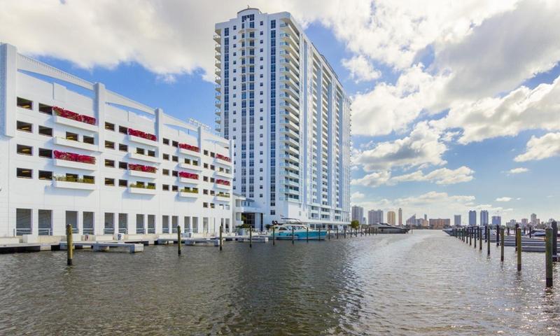 02-Marina-Palms-Building