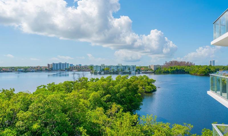 14-Marina-Palms-View