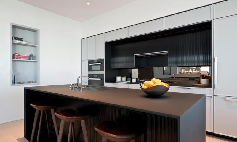 15-300-Collins-Kitchen