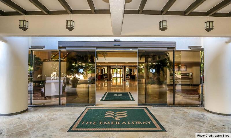 05-Key-Colony-III-Emerald-Bay-Entrance