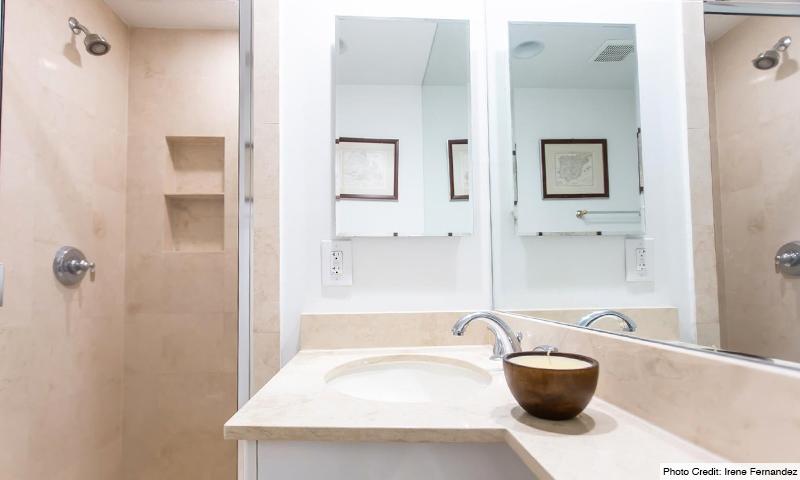 14-Ocean-Club-Lake-Villas-Bathroom