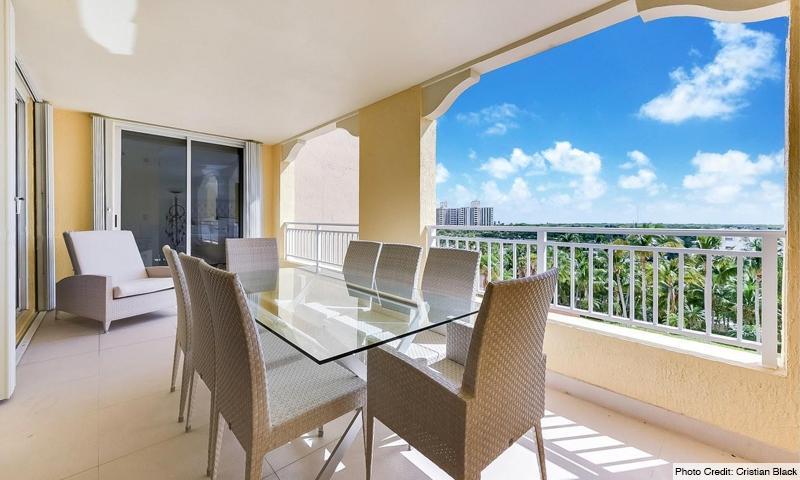 16-Ocean-Club-Lake-Tower-Balcony