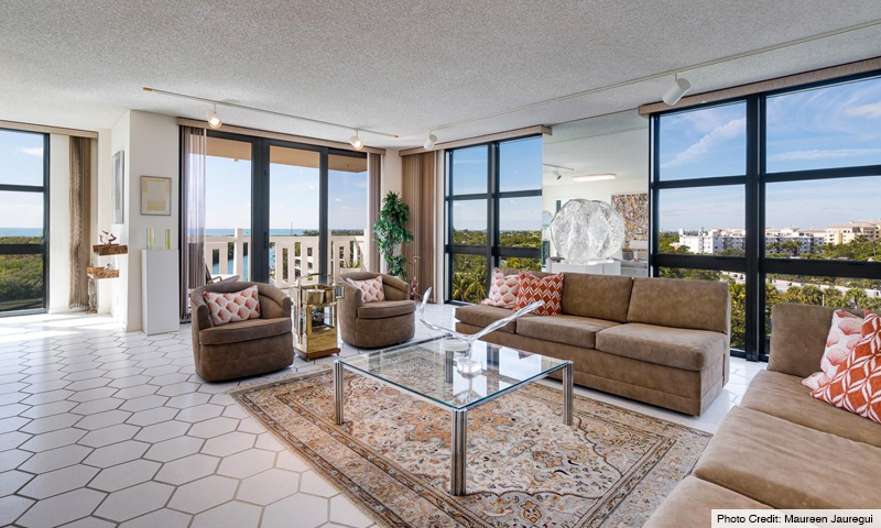 10-The-Towers-of-Key-Biscayne-Living-Room