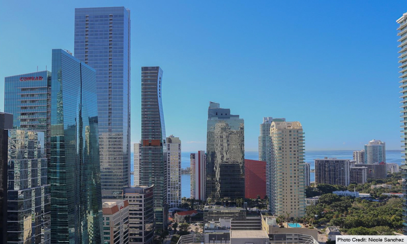 17-1060-Brickell-Avenue-East-View