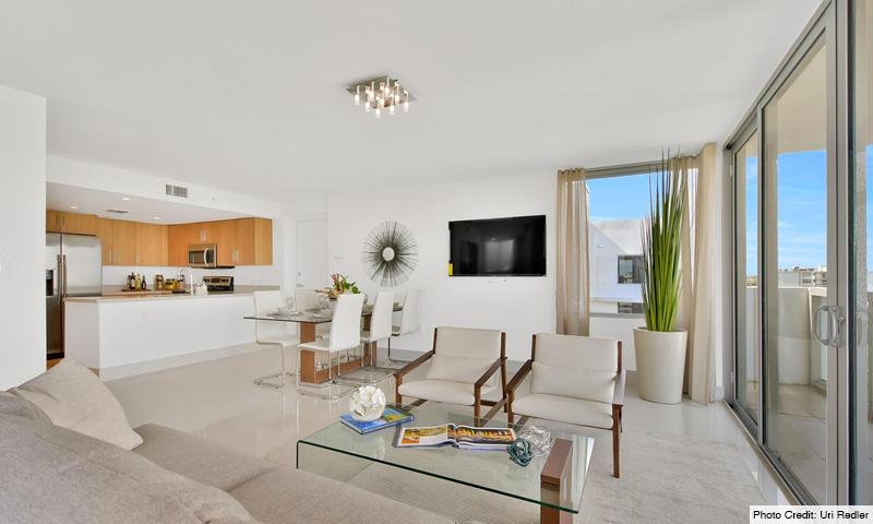 04-Bay-Harbor-One-Living-Room-2020