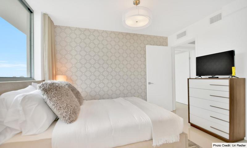 08-Bay-Harbor-One-Bedroom-2020