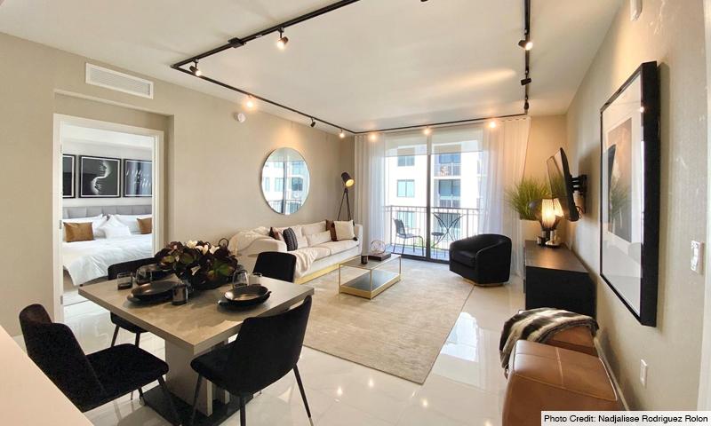 14-Merrick-Manor-Living-Room-2020