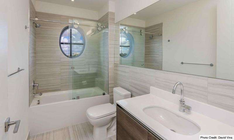 18-Merrick-Manor-Bathroom-2020