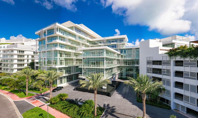02-Ritz-Carlton-Miami-Beach-Building-2020
