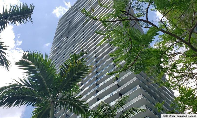 02-Gran-Paraiso-2021-Building