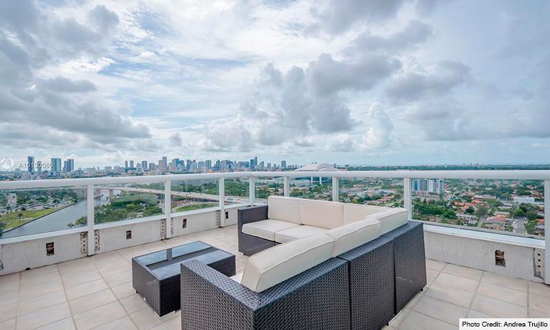 10-Terrazas-Miami-2021-Residence
