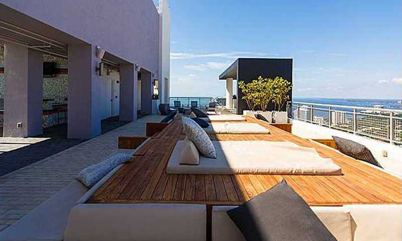 infinty-rooftop-lounge