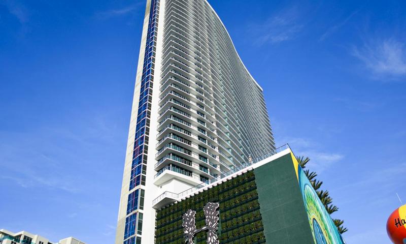 02-Hyde-Beach-Hollywood-Building-2