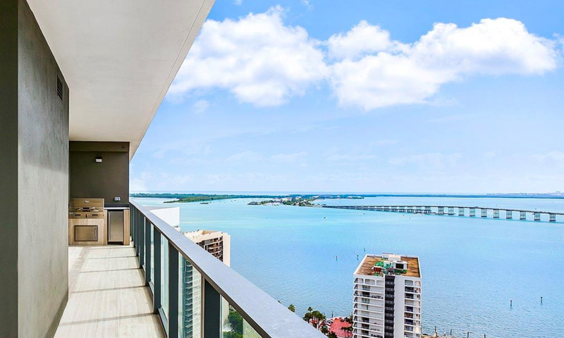 14-Echo-Brickell-Balcony