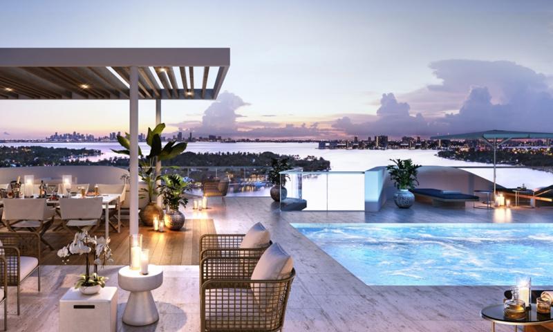 07-Monaco-Miami-Beach-Pool