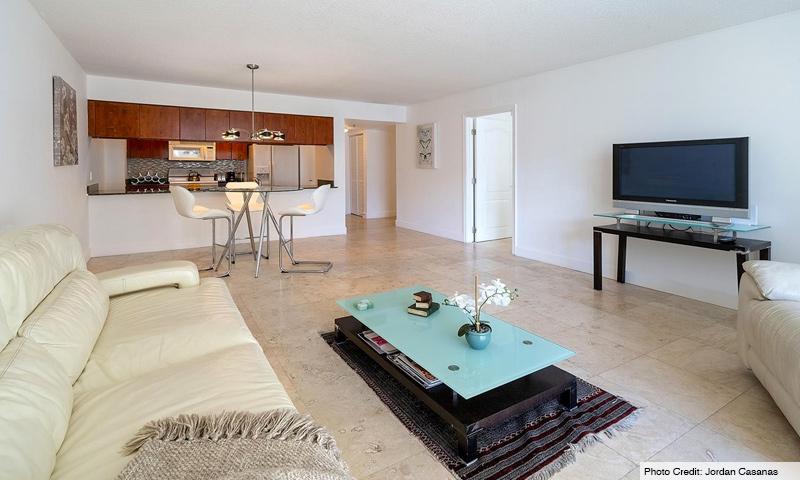 11-Club-at-Brickell-Bay-Living-Room