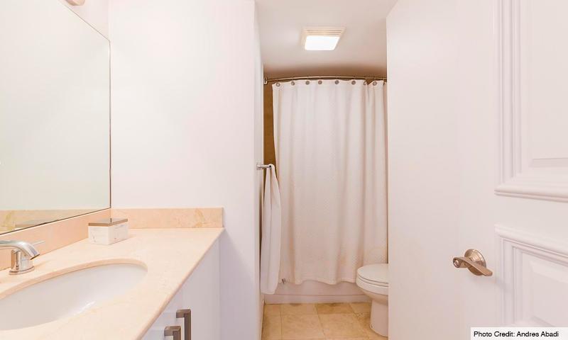 15-Harbour-House-Bathroom-2019