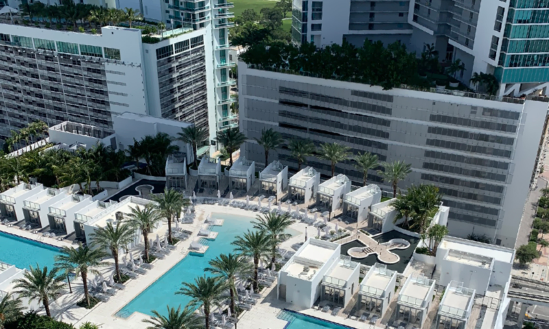 14-Paramount-Miami-World-Center-Sept-2019-Pool
