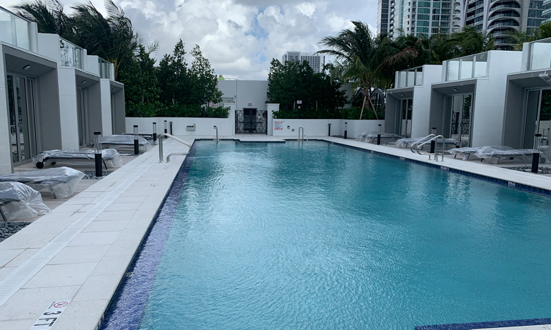 15-Paramount-Miami-World-Center-Sept-2019-Pool
