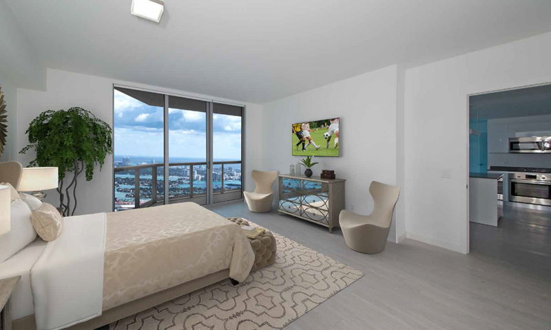 17-Panorama-Tower-Bedroom-2019