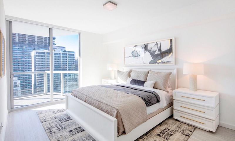 20-Panorama-Tower-Bedroom-2019