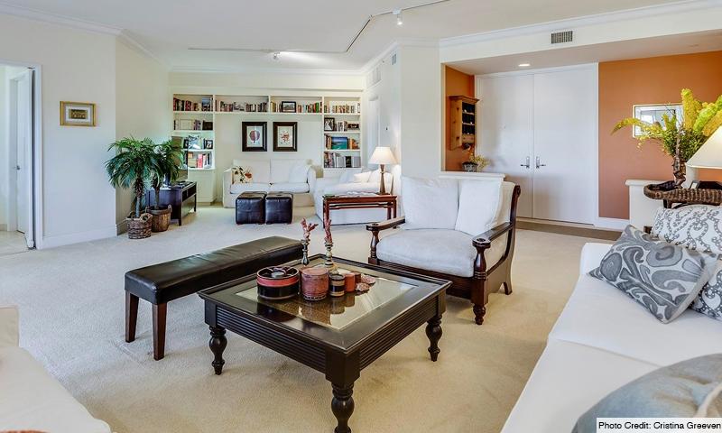 10-Ocean-Club-Lake-Villas-Living-Room