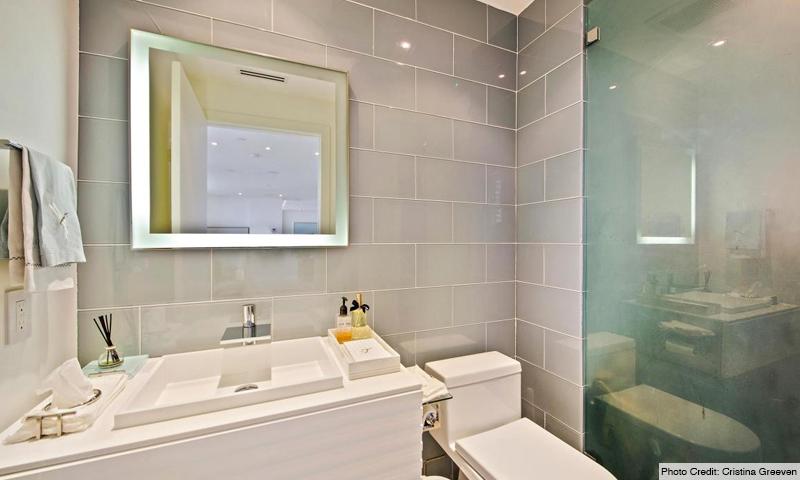 14-Ocean-Club-Club-Tower-I-Bathroom