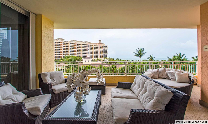 14-Ocean-Club-Ocean-Tower-I-Balcony