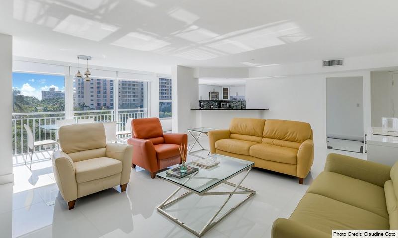 08-Sands-of-Key-Biscayne-Living-Room
