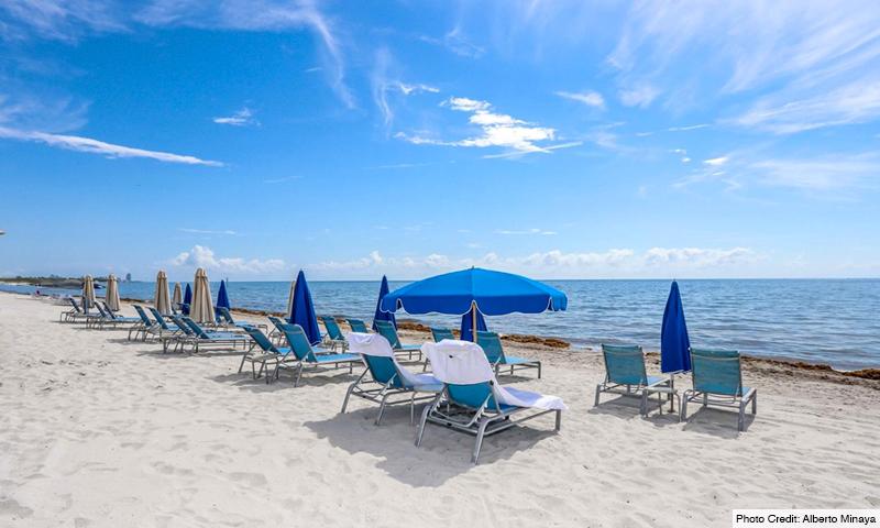 09-Ritz-Carlton-Key-Biscayne-Beach