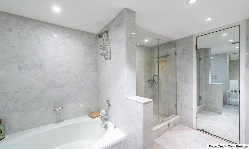 14-Mar-Azul-Bathroom