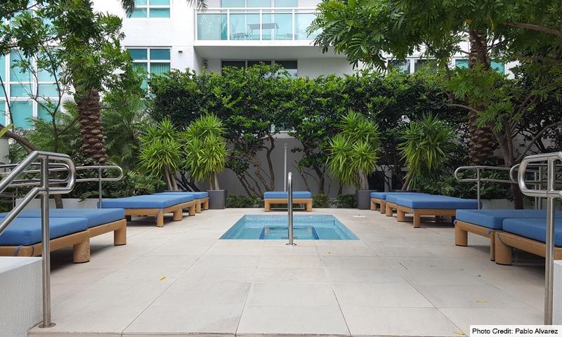 06-Plaza-on-Brickell-North-Pool