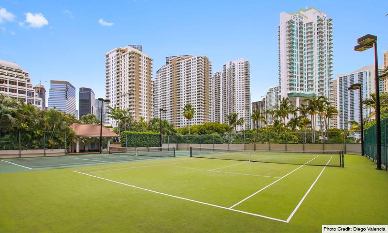 10-Brickell-Key-One-Tennis-Court