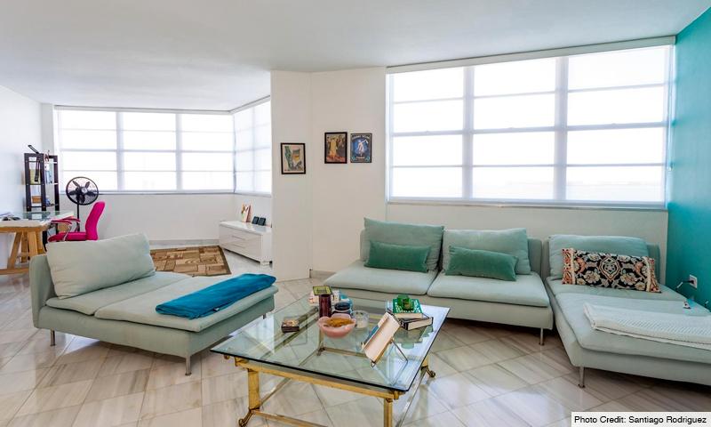 11-Four-Ambassadors-II-Living-Room