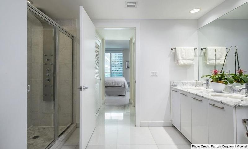 15-Plaza-on-Brickell-North-Bathroom