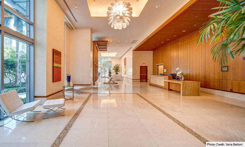 05-1060-Brickell-Avenue-East-Lobby