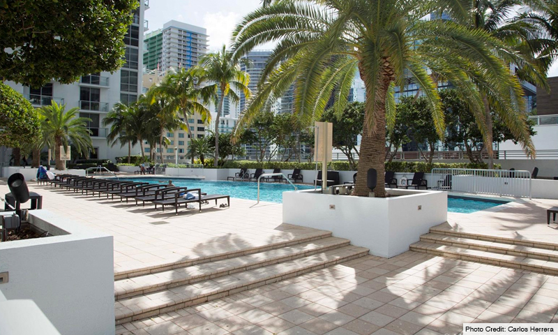 08-1060-Brickell-Avenue-West-Garden