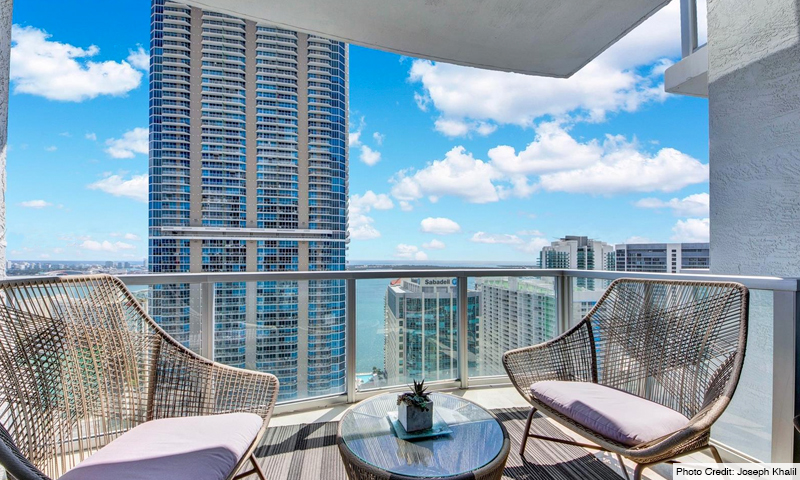 10-1060-Brickell-Avenue-East-Balcony