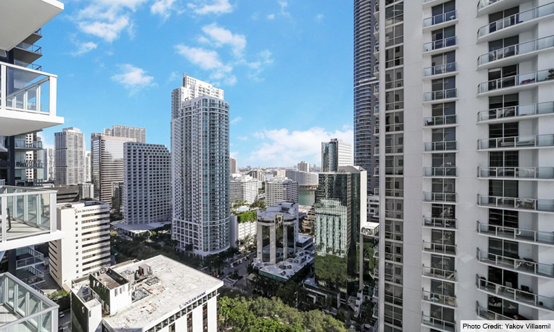 17-1060-Brickell-Avenue-West-Balcony