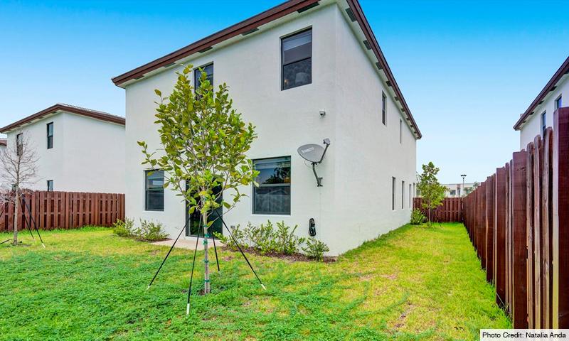 03-Via-Ventura-Lennar-Homes-Buidling-2020
