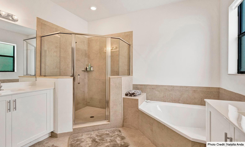 10-Via-Ventura-Lennar-Homes-Bathroom-2020