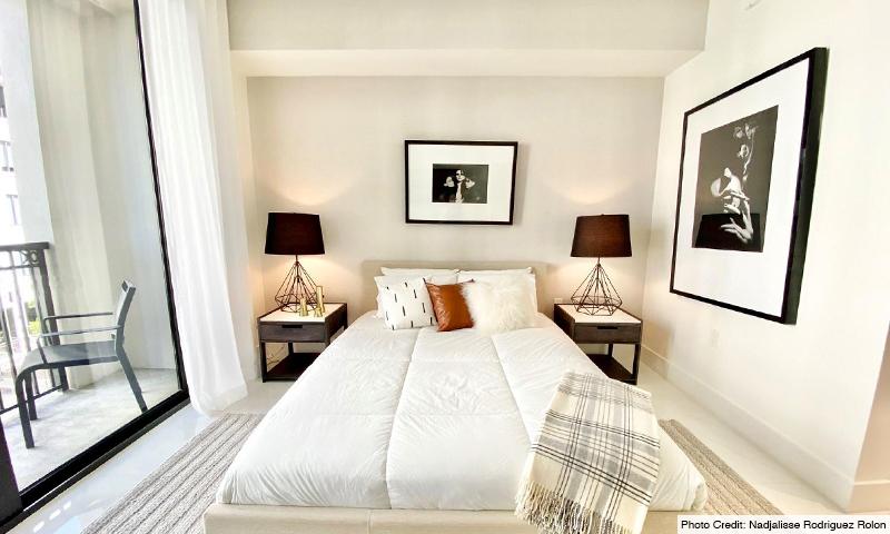 17-Merrick-Manor-Bedroom-2020