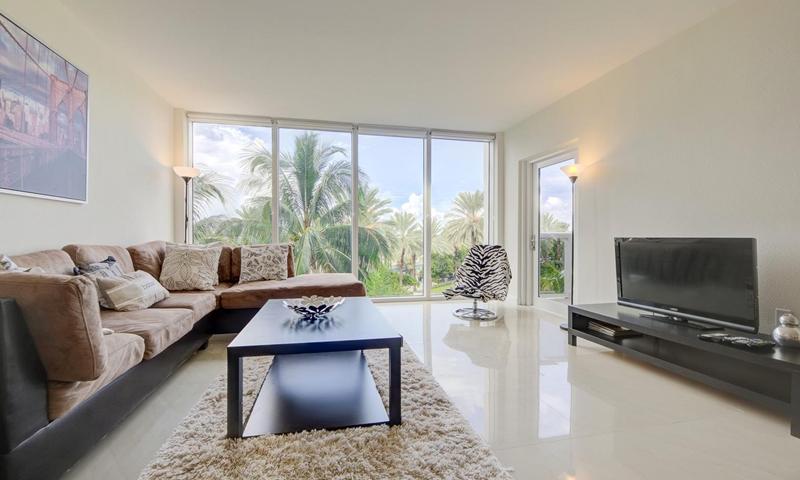 10-Harbour-House-Living-Room-Sept-2020