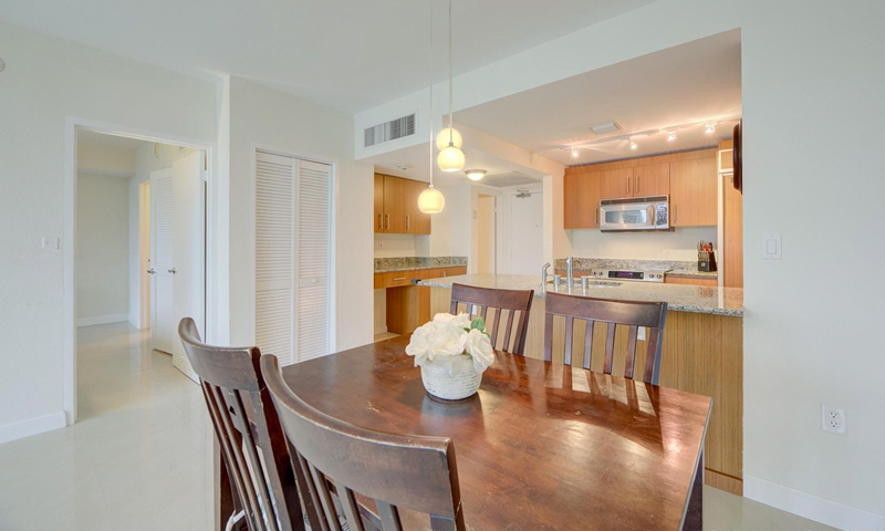 12-Harbour-House-Dining-Area-Sept-2020