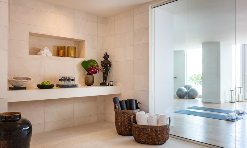 12-Ritz-Carlton-Miami-Beach-Amenities-2020