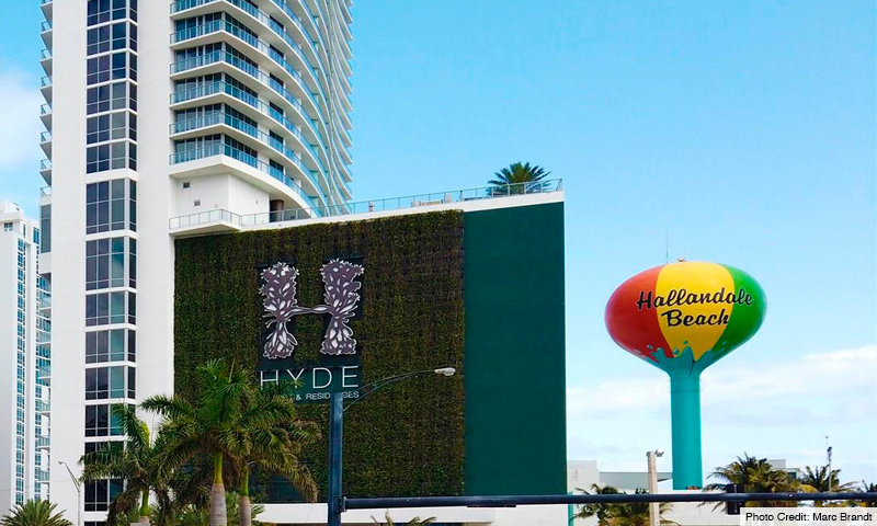 02-Hyde-Beach-2021-Building