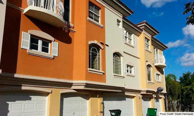 02-Terzetto-Villas-2021-Building